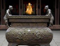 Estátua ornamentado de Liu Bei do potenciômetro do ferro fotos de stock
