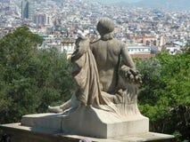 Estátua que negligencia Barcelona do montanhês Foto de Stock