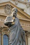 Estátua sagrado de Peter em Vatican fotografia de stock