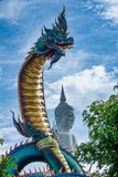 Estátua tailandesa gigante do Naga Fotografia de Stock Royalty Free