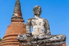 Estátua velha de buddha em Tailândia Imagem de Stock Royalty Free