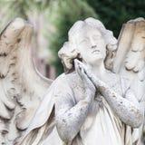 Estátua velha do cemitério Imagem de Stock