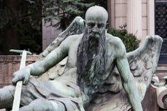 Estátua velha do cemitério Fotos de Stock