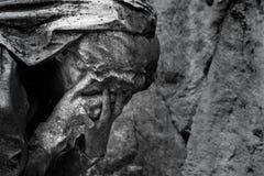 Estátua velha do cemitério Imagens de Stock Royalty Free