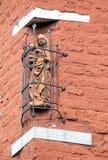 Estátua velha na construção - Aix-la-Chapelle, Alemanha Fotografia de Stock Royalty Free