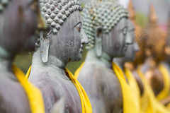 Estátuas da Buda em Seema Malaka Temple, Colombo, Sri Lanka imagens de stock royalty free