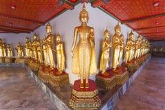 Estátuas de Buddha no templo de Wat Pho Imagem de Stock