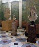Estátuas de Grécia em Saint Peterburg do museu de eremitério imagem de stock