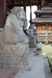 Estátuas do Balinese fotografia de stock royalty free
