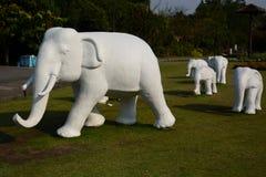 Estátuas do elefante Parque real Rajapruek Chiang Mai Province tailândia Fotos de Stock