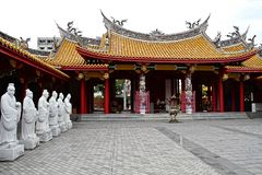 72 estátuas dos seguidores do templo de Confucius foto de stock