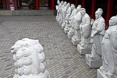 72 estátuas dos seguidores do templo de Confucius imagem de stock royalty free