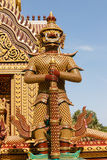 Estátuas gigantes tailandesas foto de stock
