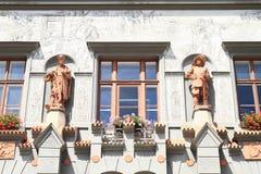 Estátuas na casa do renascimento imagens de stock