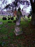 Estátuas no cemitério imagens de stock