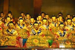 Estátuas religiosas no monastério de Drepung fotografia de stock