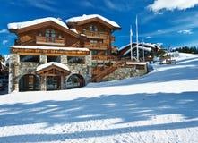 Estância de esqui da montanha imagem de stock royalty free