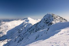 Estância de esqui em Eslováquia Montanha alta Tatras Chopok máximo no dia ensolarado Fotografia de Stock Royalty Free