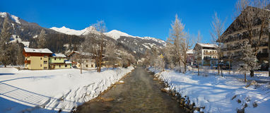 Estância de esqui Hofgastein ruim - Áustria das montanhas Imagens de Stock Royalty Free