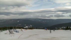 Estância de esqui Wurmberg em Braunlage Uma das estâncias de esqui as maiores em Alemanha norte filme