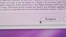 Esté de acuerdo discrepan los botones que la aislamiento OSX instala MaOS de Apple en los ordenadores de iMac almacen de video