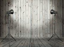 Estúdio na sala de madeira velha fotos de stock royalty free