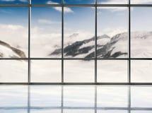 Estúdio vazio com fundo do inverno Fotos de Stock Royalty Free