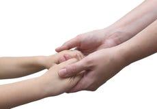 Est les mains, la mère et le fils de fixation images libres de droits