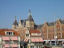 Estação central em Amsterdão Fotografia de Stock Royalty Free