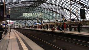 Estação de Berlin Central - Alemanha vídeos de arquivo