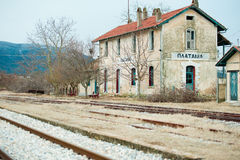 Estação de caminhos-de-ferro abandonado Foto de Stock
