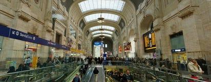 Estação de caminhos-de-ferro da central de Milão Foto de Stock