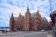 Estação de caminhos-de-ferro de Helsingor em Dinamarca, Europa Foto de Stock