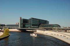 Estação de caminhos-de-ferro principal em Berlim Imagens de Stock Royalty Free