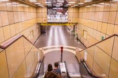Estação de caminhos de ferro em Genoa: Di Genebra de Stazione na praça Principe O coração da cidade, Itália, Europa fotografia de stock