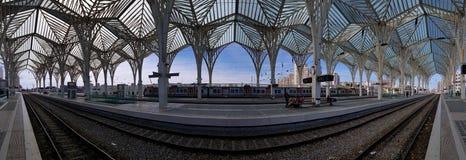 Estação de caminhos-de-ferro de Gare de Oriente, Lisboa, Portugal foto de stock royalty free
