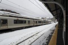Estação de caminhos-de-ferro no inverno Fotos de Stock Royalty Free