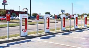 Estação de carregamento de Tesla Fotos de Stock Royalty Free