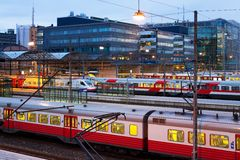 Estação de comboio central em Helsínquia, Finlandia foto de stock royalty free