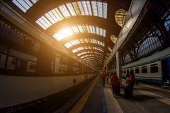 Estação de comboio da central de Milão Milan Central Station em di Milão do italiano, do Stazione Centrale ou em Milão Centrale é imagem de stock