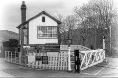 Estação de Gwilli e caixa de sinal Imagens de Stock Royalty Free