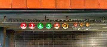Estação de metro do centro de Barclays imagens de stock royalty free