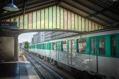 Estação de metro em Paris foto de stock
