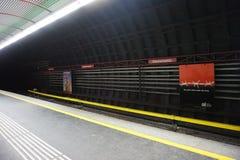 Estação de metro vazia foto de stock