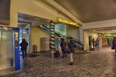 estação de ônibus Riga para dentro Fotografia de Stock Royalty Free
