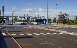 Estação de transporte público no terminal de aeroporto internacional Fotografia de Stock