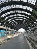 Estação de trem antiga de Milão Italy fotos de stock