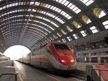 Estação de trem de Milão Centrale Fotografia de Stock