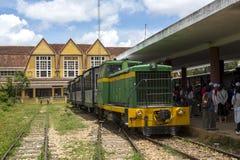 Estação de trem do Lat da Dinamarca - estação de caminhos-de-ferro Lam Dong de Dalat, Vietname Imagem de Stock