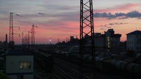 Estação de trem em uma noite em Rússia vídeos de arquivo